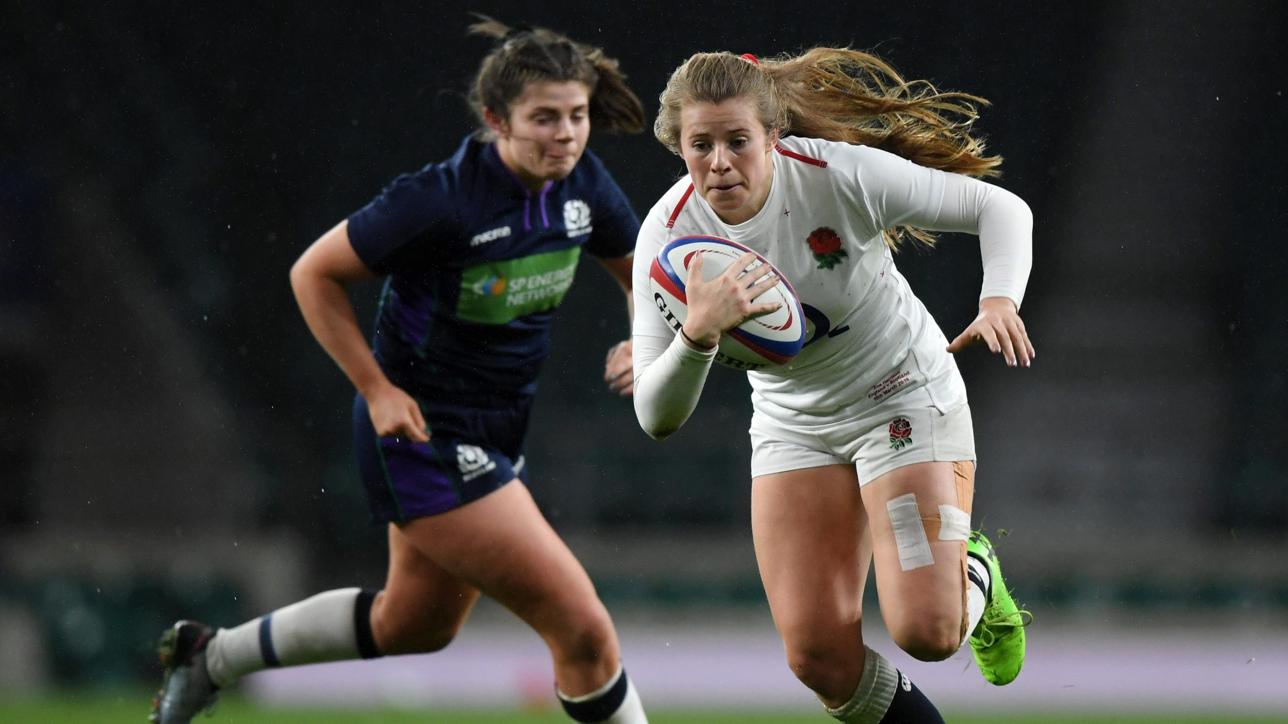 Setting sights on the Grand-Slam with England fly-half Zoe Harrison